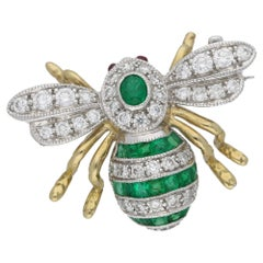 Emerald and Diamond Set Bee Brooch in Gold