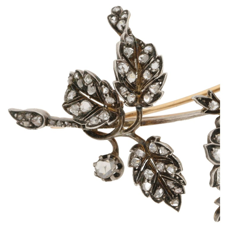 Victorian Diamond Floral Spray Brooch In Excellent Condition For Sale In London, GB