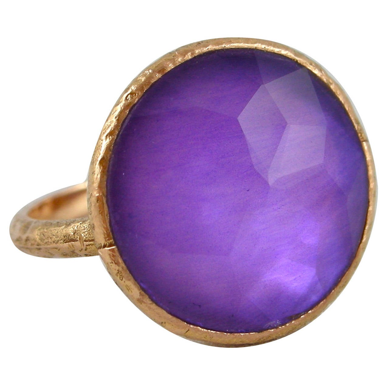 Jona Amethyst & Mother of PearlGold Ring 1