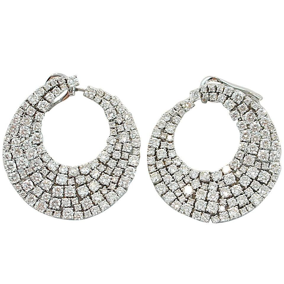 Jona White Diamond 18k White Gold Swirl Clip-on Earrings