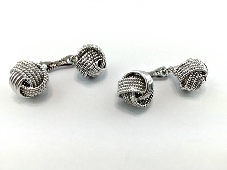 Jona Silver Knot Cufflinks In New Condition In Torino, IT