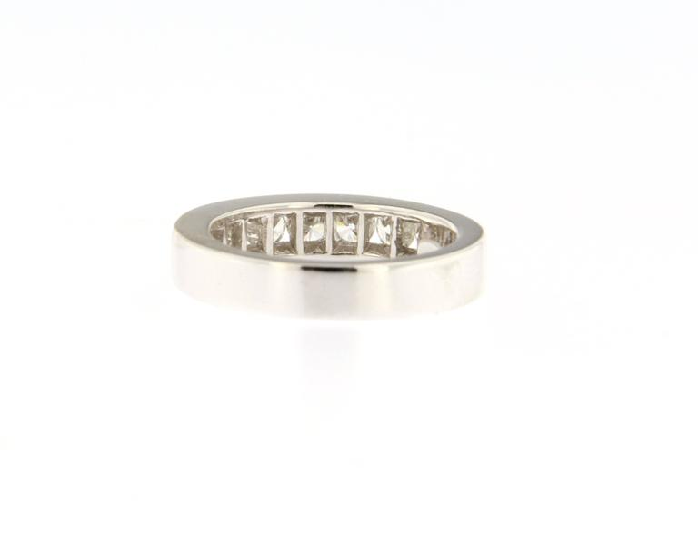 Jona White Diamond 18 Karat White Gold Eternity Band Ring In New Condition For Sale In Torino, IT
