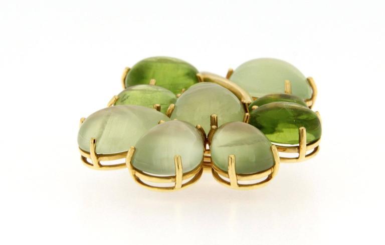 Women's Jona Peridot Prehnite 18 Karat Yellow Gold Brooch For Sale