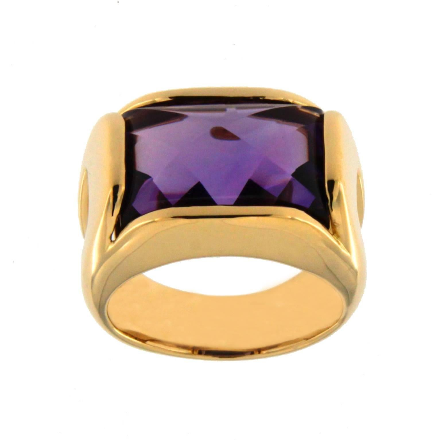Gucci Amethyst Pave Yellow Gold Horsebit Ring For Sale at 1stdibs