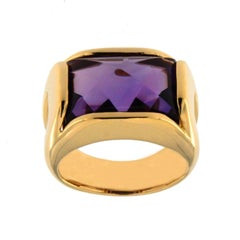 Jona Amethyst 18 Karat Yellow Gold Ring