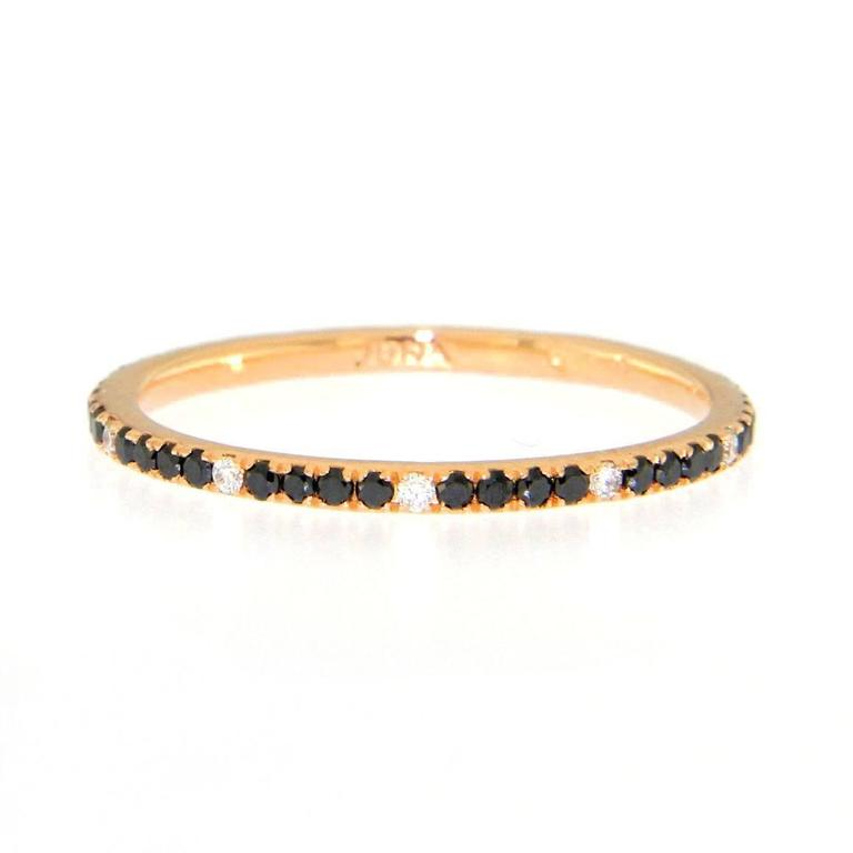 Jona Black and White Diamond 18 Karat Rose Gold Eternity Band Ring In New Condition For Sale In Torino, IT