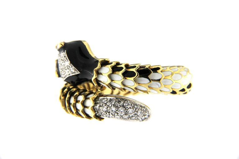 Contemporary Jona Enamel White Diamond 18 Karat Yellow Gold Flexible Coil Snake Ring For Sale