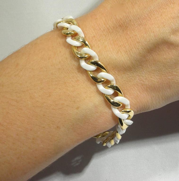 Contemporary Jona High Tech White Ceramic Gold Curb Link Bracelet For