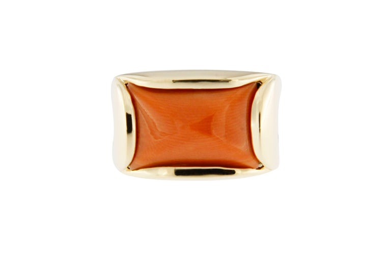 Women's Jona Coral 18 Karat Yellow Gold Band Ring For Sale