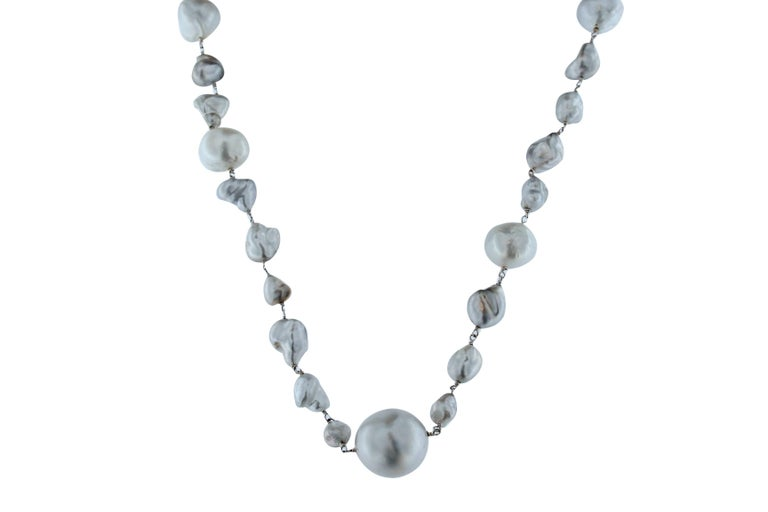 Jona Baroque South Sea Pearl Gold Necklace In New Condition For Sale In Torino, IT