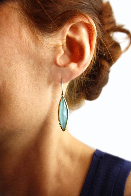 Jona Turquoise Quartz 18 Karat Yellow Gold Dangle Earrings For Sale 1