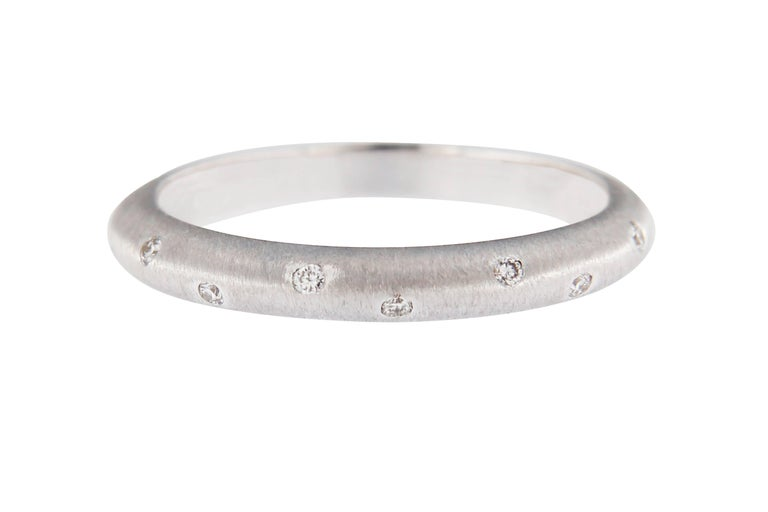 Jona White Diamond 18 Karat Brushed White Gold Band Ring In New Condition For Sale In Torino, IT