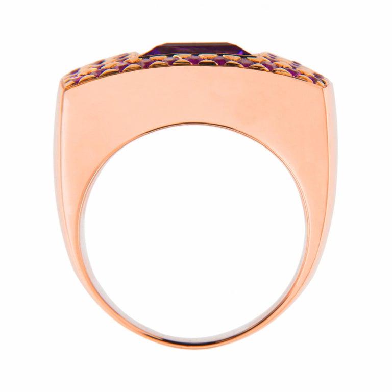 Women's or Men's Jona Amethyst Pink Sapphire 18 karat Rose Gold Ring Band For Sale