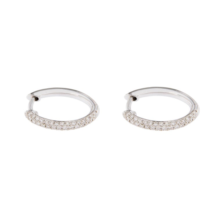 Jona White Diamond 18 Karat White Gold Hoop Earrings In New Condition For Sale In Torino, IT