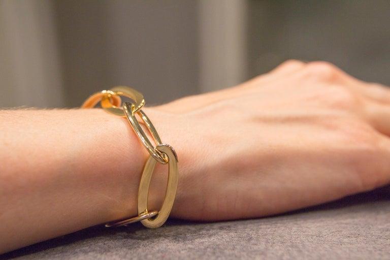 Jona 18 Karat Yellow Gold Link Chain Bracelet For Sale 2