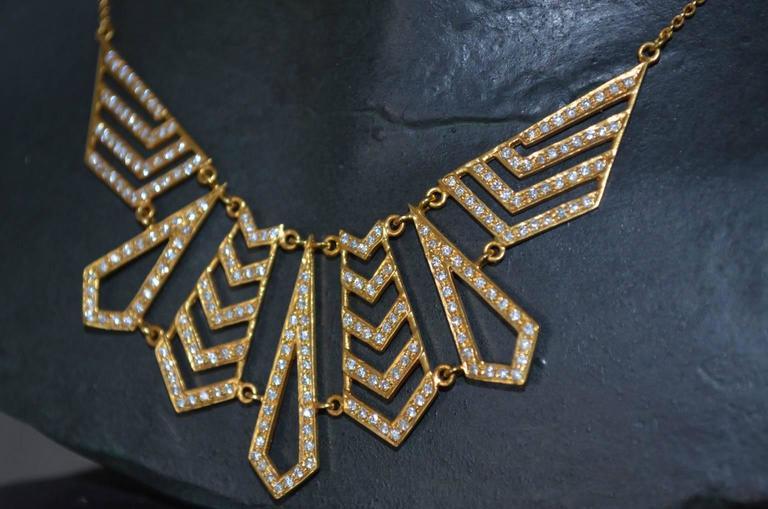 Women's Lauren Harper Collection 1.62 Carat Diamond Yellow Gold Statement Necklace For Sale