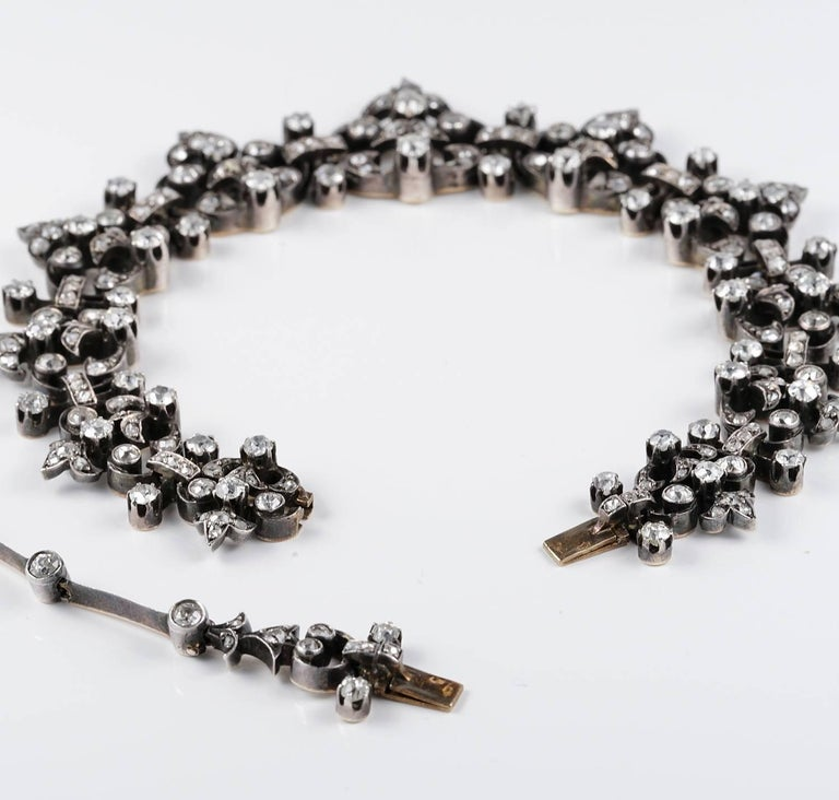 French Victorian 12.20 Carat Diamond Antique Necklace For Sale 2