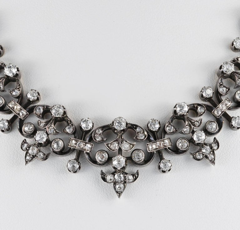 French Victorian 12.20 Carat Diamond Antique Necklace For Sale 1