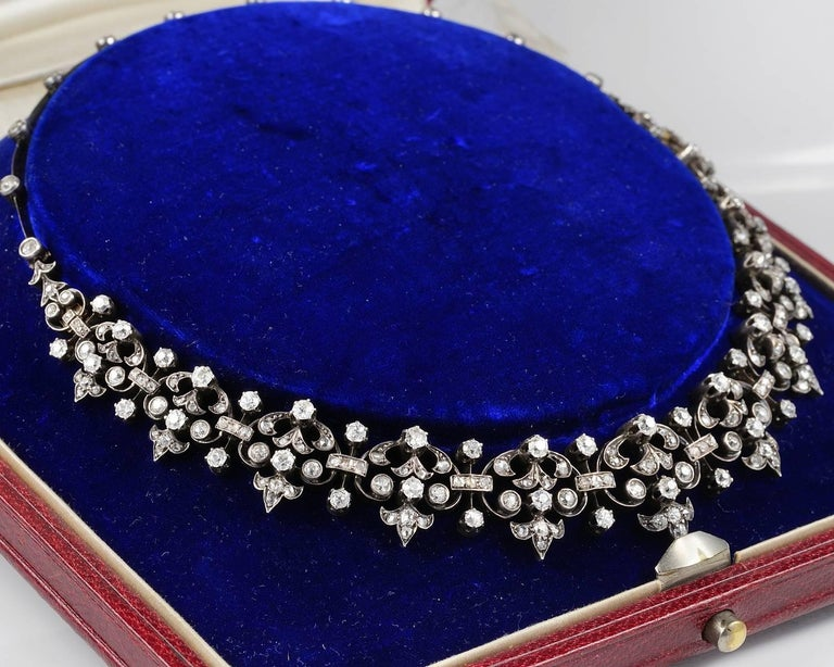 French Victorian 12.20 Carat Diamond Antique Necklace In Good Condition For Sale In Napoli, IT
