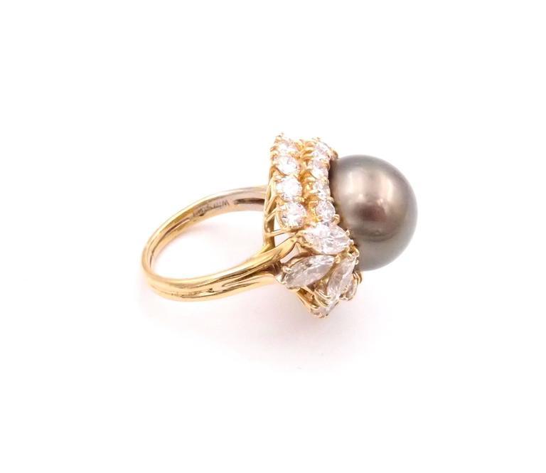 Harry Winston Tahitian Pearl and Diamond Ring 4