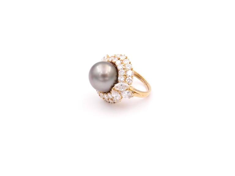Harry Winston Tahitian Pearl and Diamond Ring 5