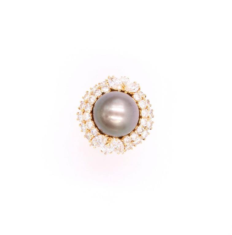 Harry Winston Tahitian Pearl and Diamond Ring 3