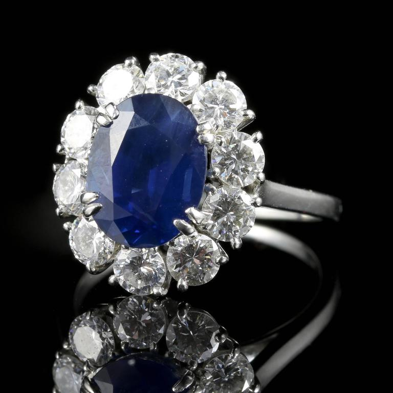 Women's or Men's Antique Edwardian 3.00 Carat Natural Sapphire Diamond French Engagement Ring For Sale