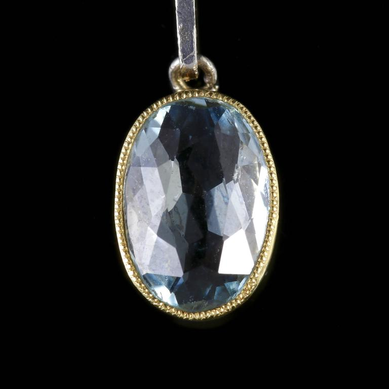 Antique Edwardian Aquamarine Gold Pendant on Chain In Excellent Condition For Sale In Lancaster, Lancashire