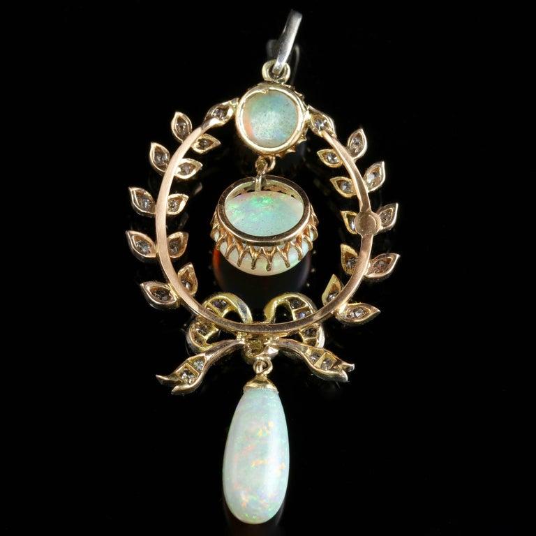 Edwardian Opal Diamond Pendant 18 Carat Gold, circa 1910 For Sale 1