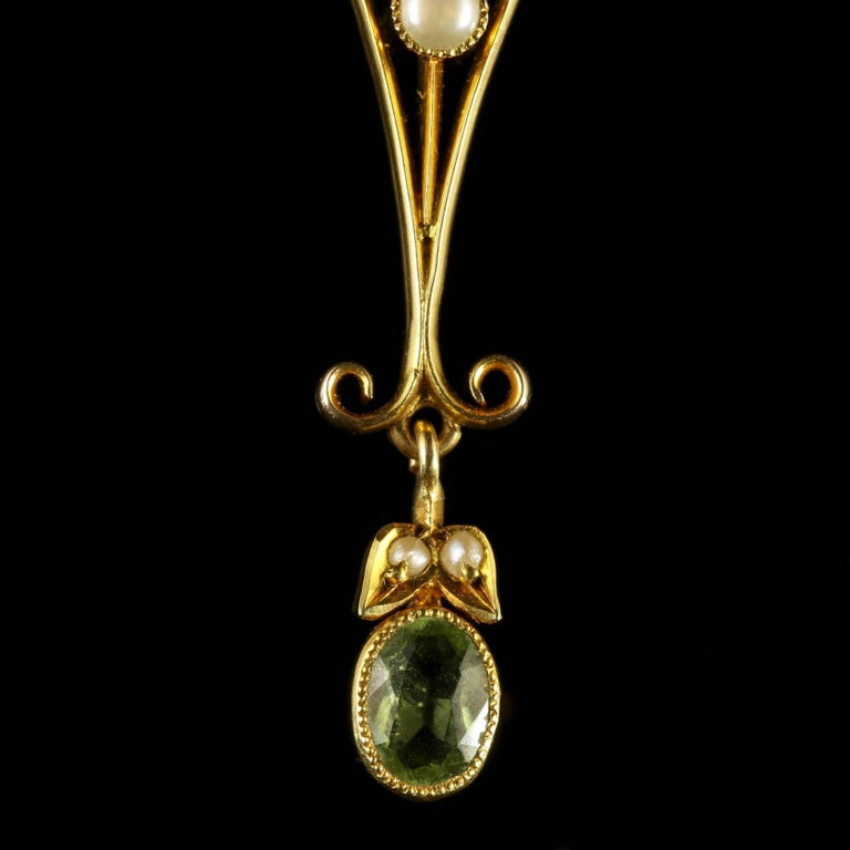 Antique Suffragette Victorian Pendant 15 Carat Gold Circa 1900 In Excellent Condition For