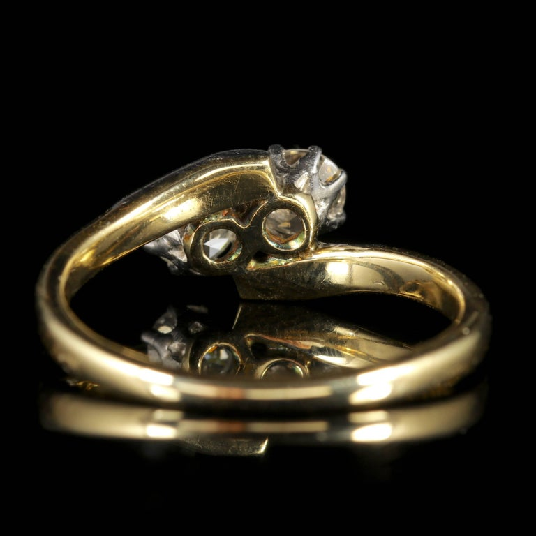 Antique Edwardian Diamond Twist Engagement Ring, circa 1910 In Excellent Condition For Sale In Lancaster, Lancashire