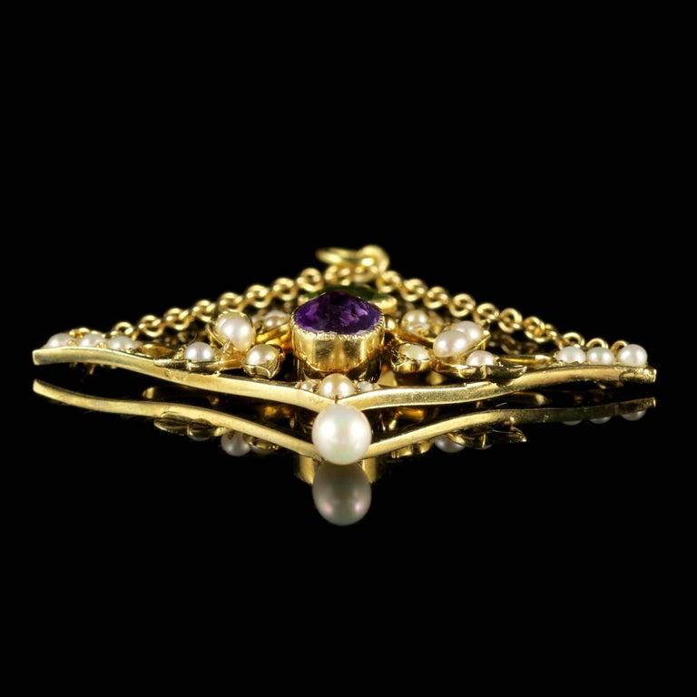 Antique Victorian 15 Carat Gold Suffragette Pendant, circa 1900 For Sale 1