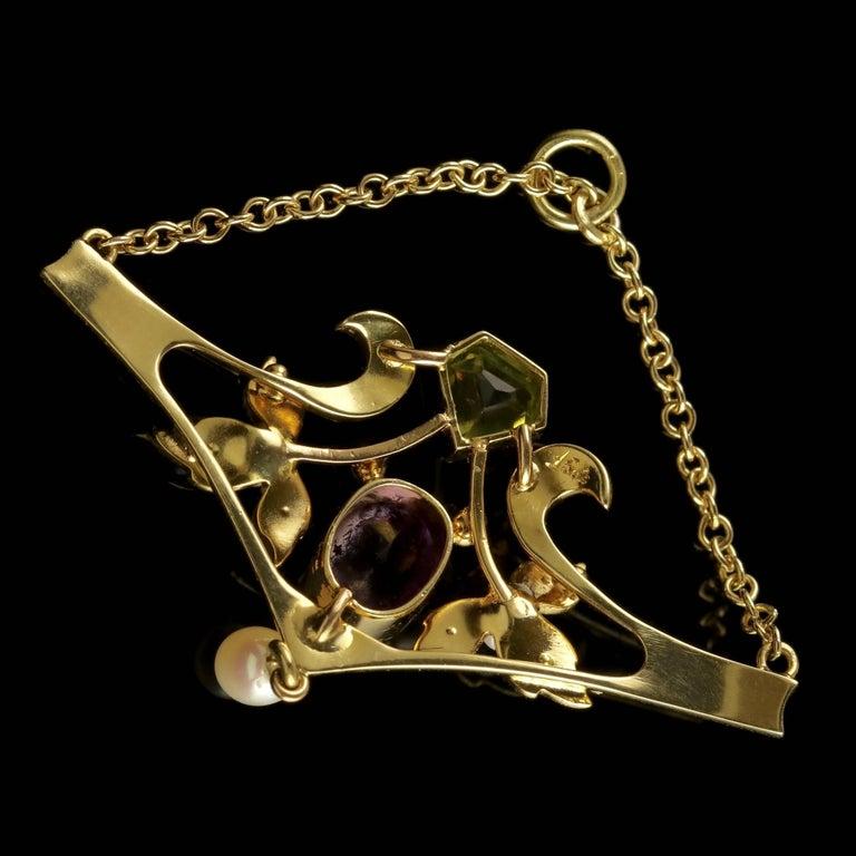 Antique Victorian 15 Carat Gold Suffragette Pendant, circa 1900 In Excellent Condition For Sale In Lancaster, Lancashire