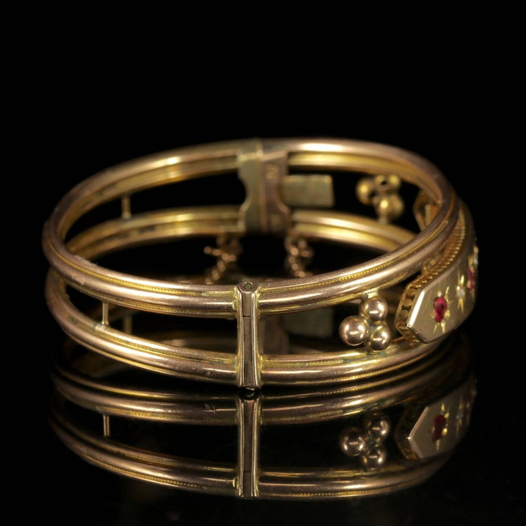 Antique Victorian 9 Carat Gold Star Set Ruby Diamond Bangle, circa 1900 For Sale 2