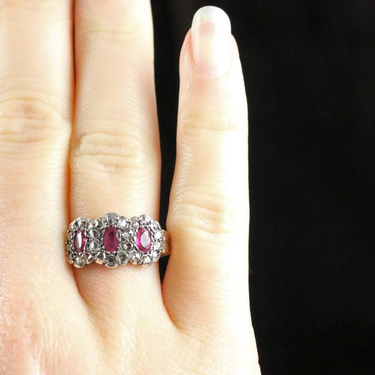 Antique Georgian Ruby Diamond Triple Cluster Ring For Sale 1