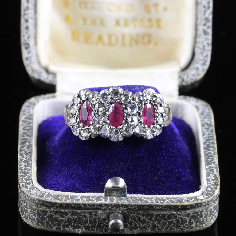 Antique Georgian Ruby Diamond Triple Cluster Ring In Excellent Condition For Sale In Lancaster, Lancashire