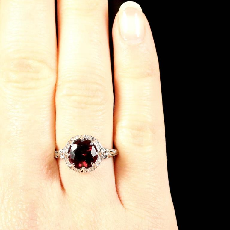 Antique Edwardian Platinum Garnet Diamond Ring, circa 1920 For Sale 4