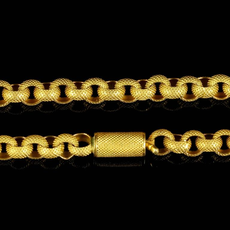 Antique Georgian Original Chain and Clasp, circa 1780 Long Chain In Excellent Condition In Lancaster, Lancashire