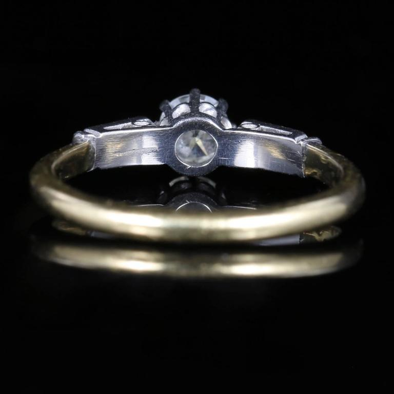 Antique Edwardian Diamond Solitaire Engagement Ring, circa 1915 In Excellent Condition For Sale In Lancaster, Lancashire