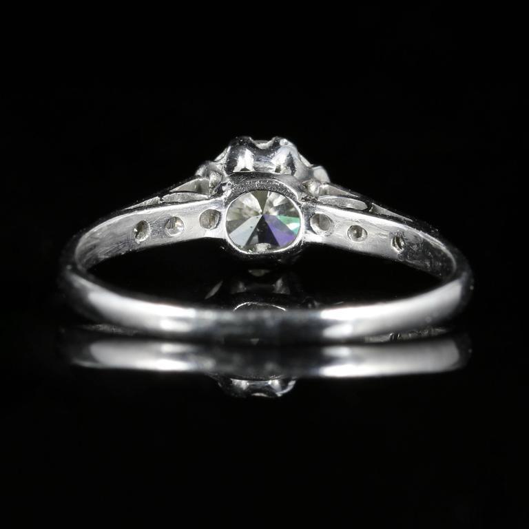 Antique Edwardian Diamond Solitaire Engagement Ring circa 1910 Platinum In Excellent Condition For Sale In Lancaster, Lancashire