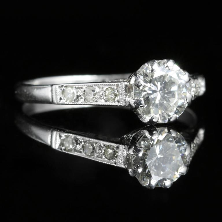 Women's Antique Edwardian Diamond Solitaire Engagement Ring circa 1910 Platinum For Sale