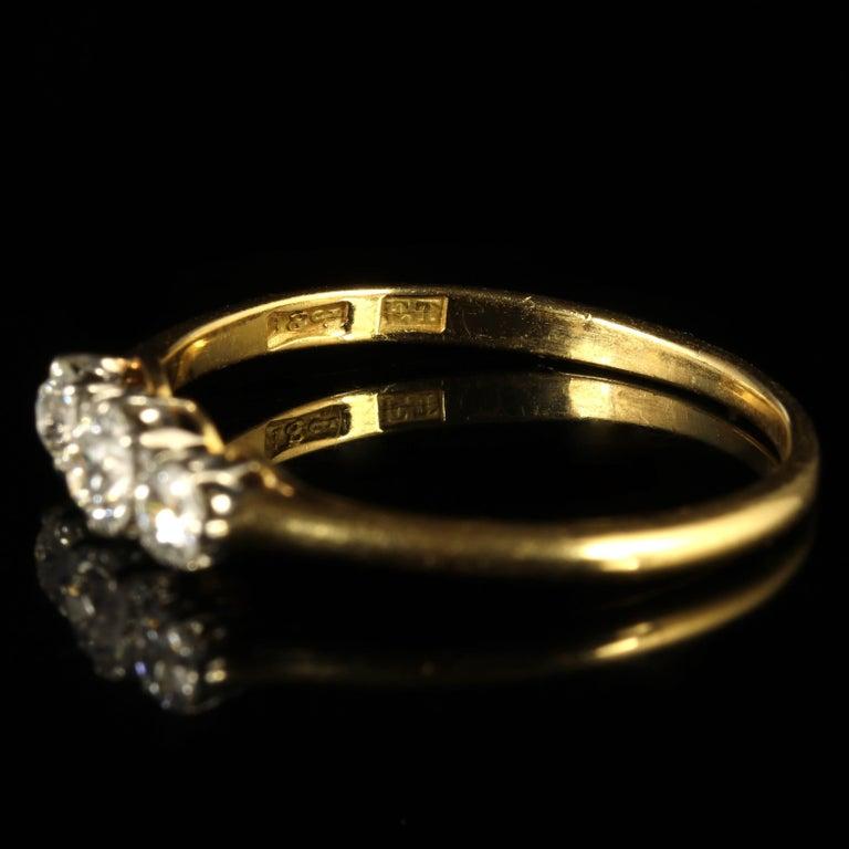 Antique Edwardian Diamond Trilogy Ring 18 Carat Gold circa 1910 Engagement Ring For Sale 3