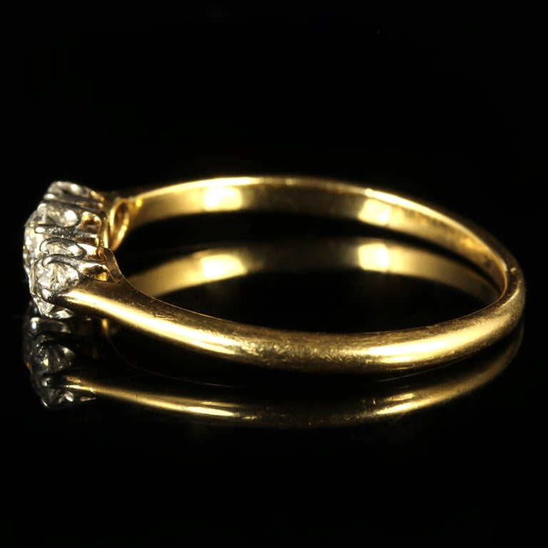 Antique Edwardian Diamond Trilogy Ring 18 Carat Gold circa 1910 Engagement Ring For Sale 2