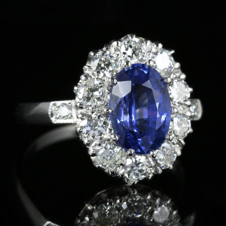 Antique Edwardian Natural Sapphire Diamond Ring Platinum Circa 1910 In Excellent Condition For Sale In Lancaster, Lancashire