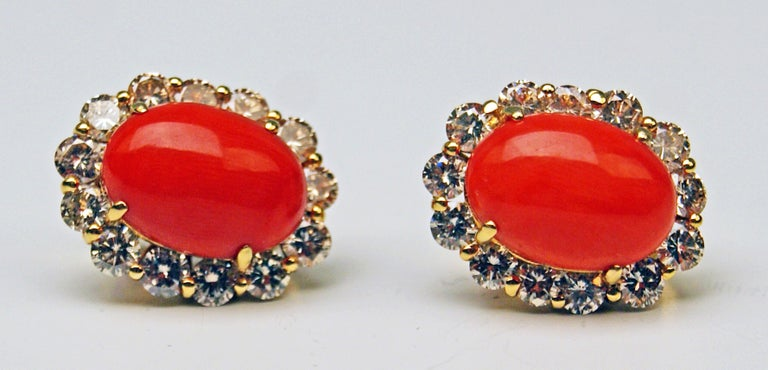 Cluster Earrings 14 Carat Gold 585 Diamonds 4.0 Carat Corals Vienna Austria In Excellent Condition For Sale In Vienna, AT