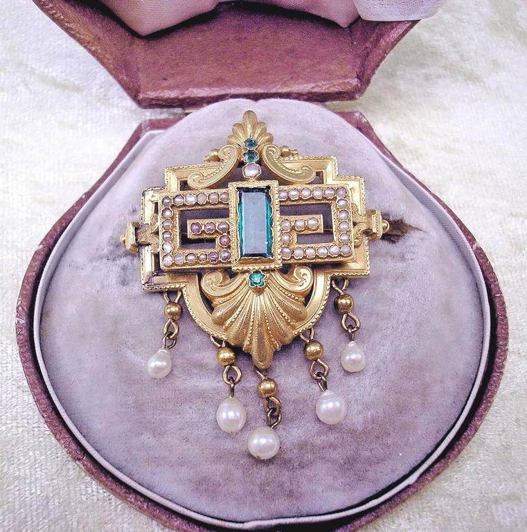 Early Victorian Biedermeier Brooch Gold Emeralds Tourmaline Pearls Original Case made c.1850 For Sale