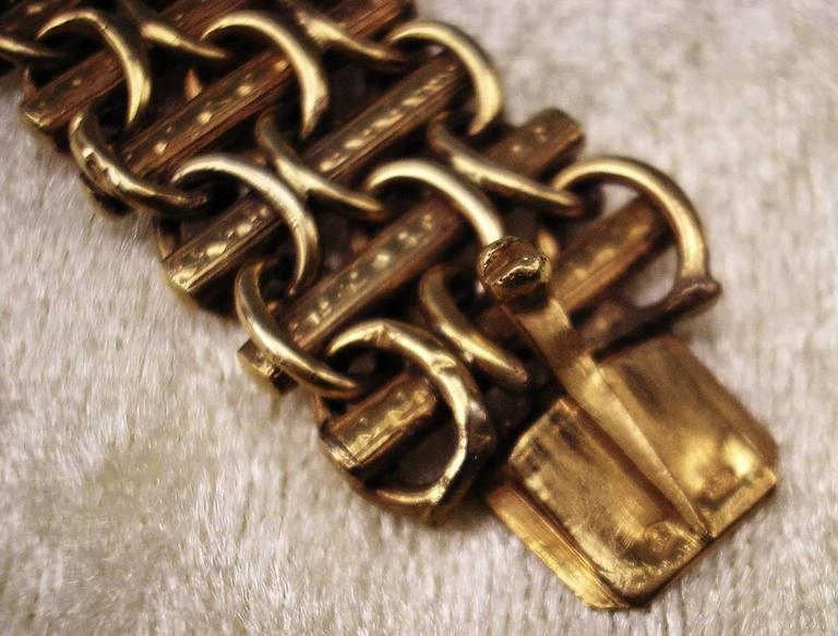 Women's 1850 Biedermeier BRACELET GOLD ONE EMERALD TWO PEARLS AUSTRIA  For Sale