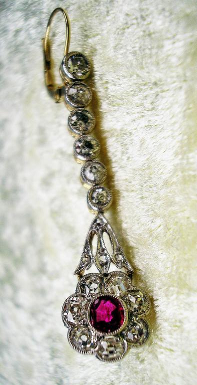 Austrian Art Nouveau Diamond Gold 585 Rubies Eardrops circa 1900 Drop Earrings 7