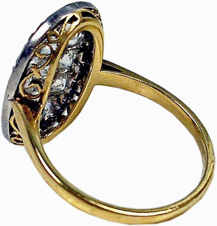 1920s Austria Art Nouveau 2.0 Carats Diamonds Sapphires Gold Ring In Excellent Condition For Sale In Vienna, AT