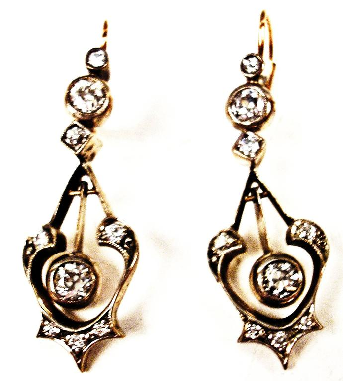 GOLDEN ART NOUVEAU EARDROPS OF HIGH VALUE WITH MANY DIAMONDS     GOLD  (14 ct  /  585)  /  DIAMONDS  (VINTAGE CUTS  /  1.70 Carat)     EARDROPS OF GORGEOUS APPEARANCE:   ONE LARGE DIAMOND IS ATTACHED TO MIDDLE AREA / SOME SMALLER ONES - VINTAGE